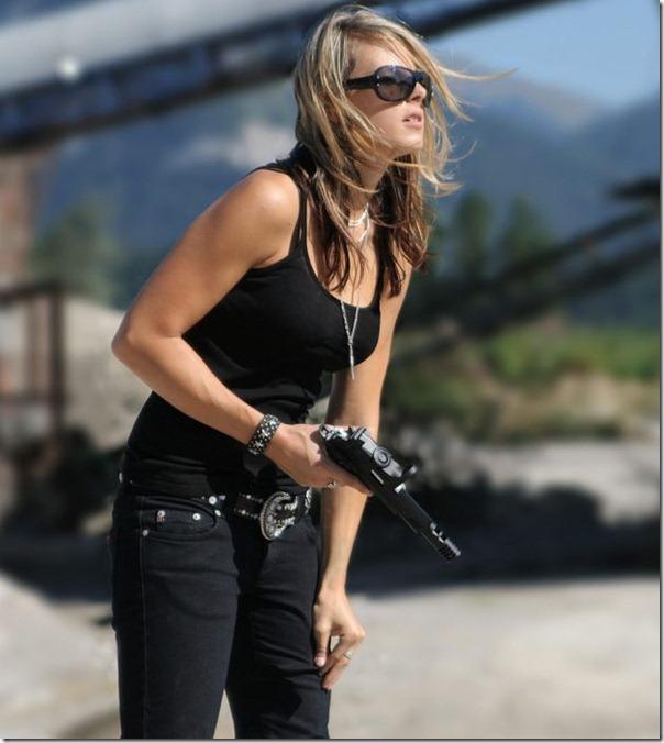 Mulheres com armas (14)