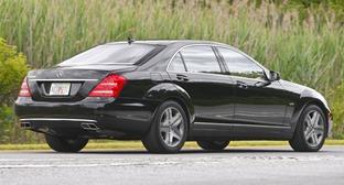 W221-Mercedes-C
