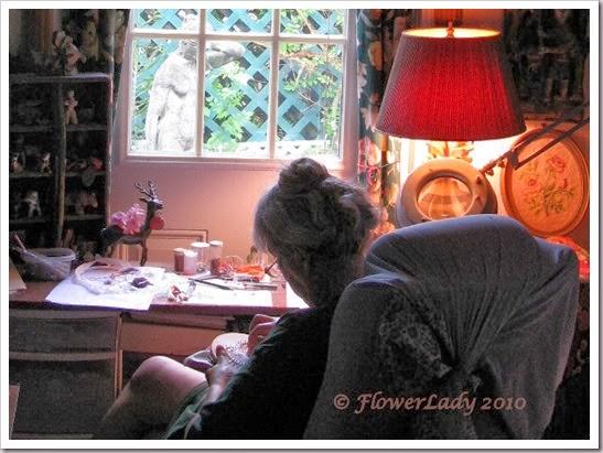 07-23-flowerlady3