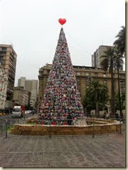 20141220_Christmas tree Plaza de Armas (Small)