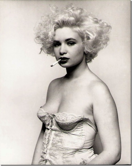 Bettina Rheims_ Marthe, à la cigarette. Paris 1987.