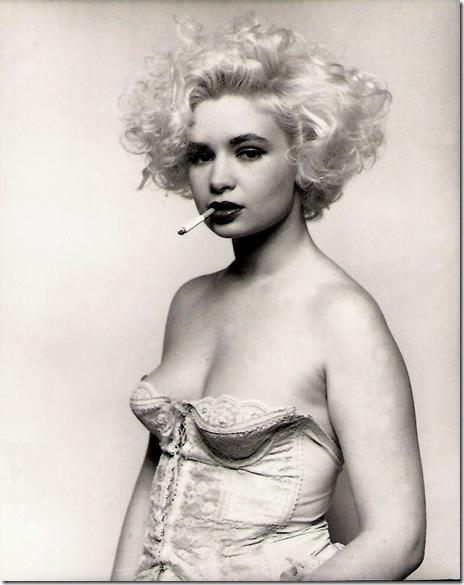 Bettina Rheims_ Marthe, à la cigarette. Paris 1987.