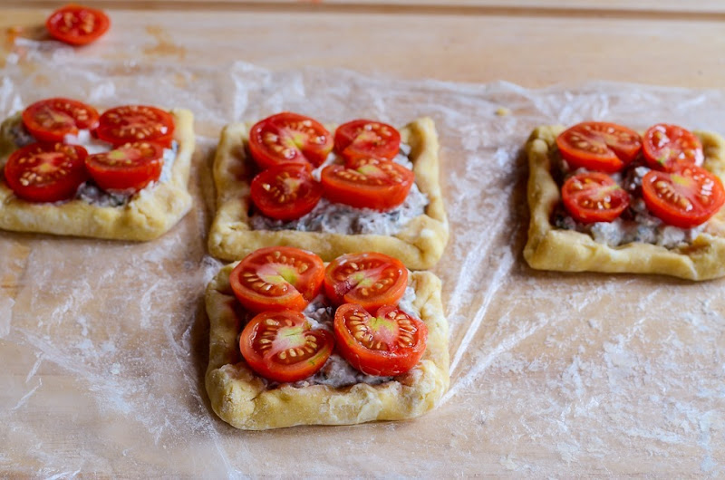 tomato tarts-13870