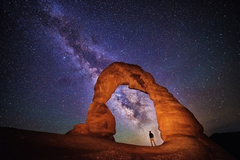 Night at the Arch
