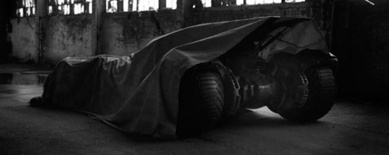 Así luce el batimóvil que veremos en Batman vs. Superman