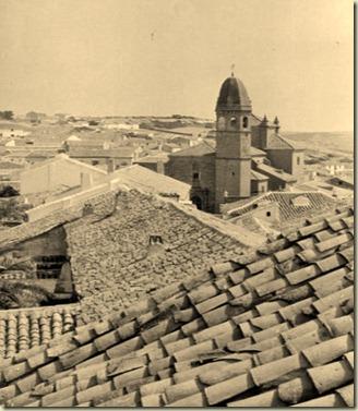 1950_Parroquia_desde_tejados_Santa_Maria