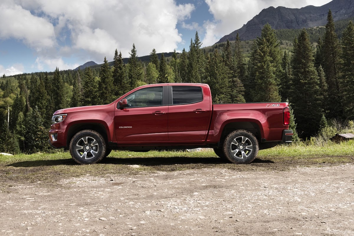 all-new 2015 chevrolet colorado targets mid-size pickup trucks