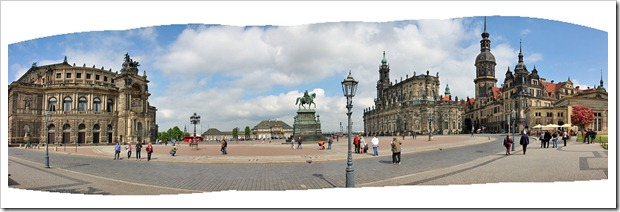 120507_dresden_theaterplatz_pano