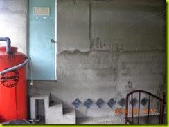 Pintu ruangan flapon dan atap