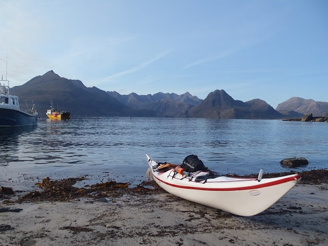 Setting out from Elgol.jpg