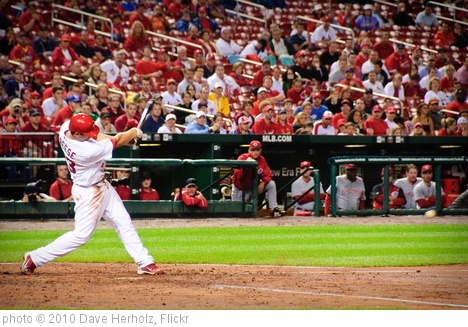 'Cardinals vs. Reds 4-30-10-22' photo (c) 2010, Dave Herholz - license: http://creativecommons.org/licenses/by-sa/2.0/