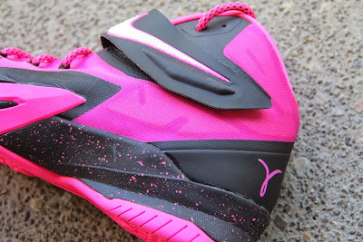 nike zoom soldier 8 pe think pink 2 06 Think Pink Nike Zoom Soldier 8 Set to Release on September 20th