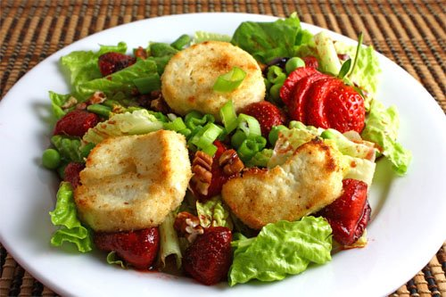 Roasted Strawberry and Asparagus Quinoa Salad... Strawberry and ...