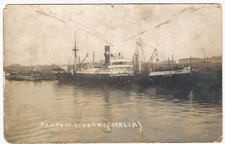 El CRISTINA en el puerto de Livorno. Fecha indeterminada. Colección Jaume Cifre Sanchez. Nuestro agradecimiento.jpg