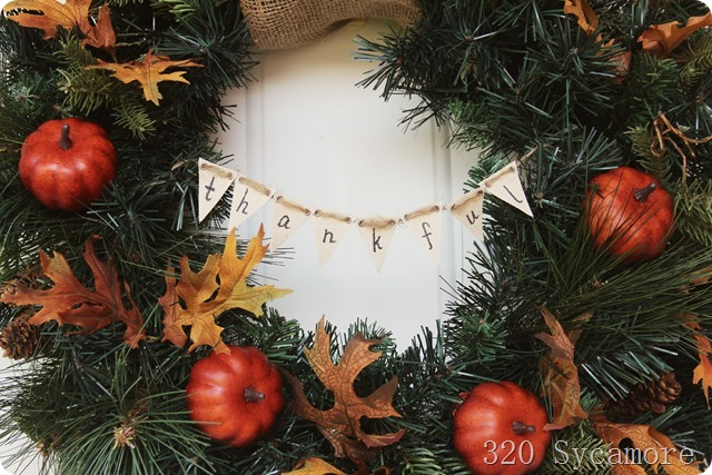 thankful banner on wreath