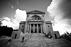 This is a Roman Catholic basilica and national shrine on the west slope of Mount Royal in Montreal, Quebec. It is Canada's largest church.