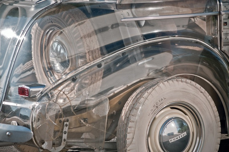 Transparent Pontiac General Motors built for the 1940s Deluxe Six Seen On www.coolpicturegallery.us