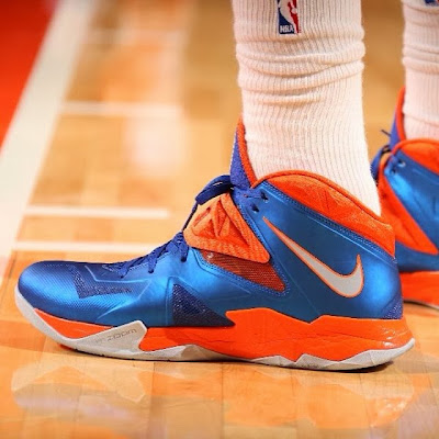 wearing brons nba soldier7 amare knicks 02 Wearing Brons: Amare Stoudemire in SOLDIER 7 Knicks PE (x3)
