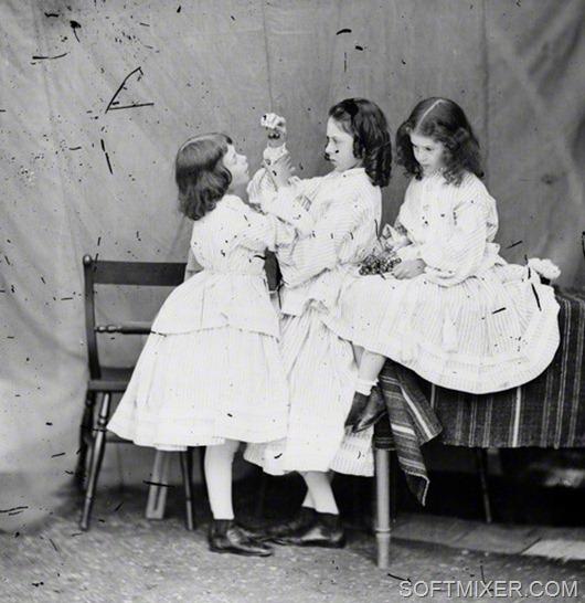 NPG P991(9); Edith Mary Liddell; Ina Liddell; Alice Liddell