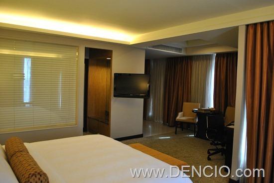 Bellevue Hotel Manila 35