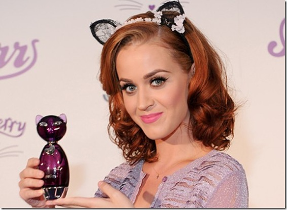 katy-perry-red-hair-500x360