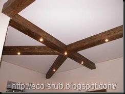 Освещение потолков комнат сруба дома
