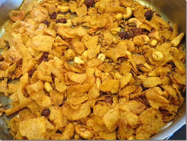 Corn Flakes Chivda 2