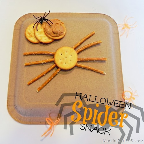 Easy-Halloween-Spider-Snack_thumb3