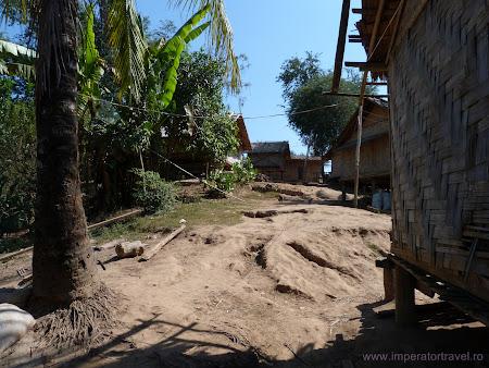 Sat Hmong Laos