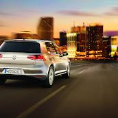 2013-VW-Golf-7-15.jpg