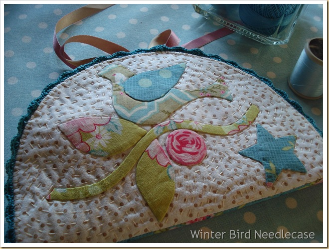 WINTER BIRD NEEDLECASE BY CARMEN EXT DELANTE