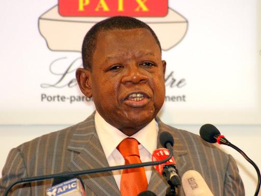 Lambert Mende, Ministre de l'Information, Communications et Médias lors d'une Conférence de Presse à Kinshasa, le 03/01/2012. Radio Okapi/Ph. Aimé-NZINGA