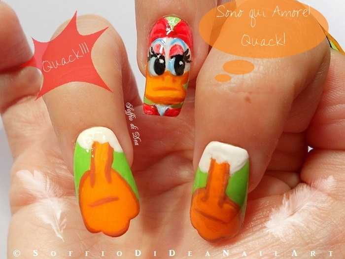 Nail-Art-Paperino-soffio-di-dea-cartoons-4