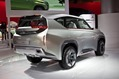 Mitsubishi_Concept_GC-PHEV