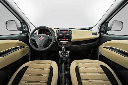 Yeni-Fiat-Doblo-Premio-Black-2013-3.jpg