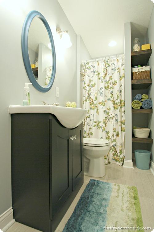 blue green bathroom