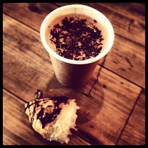 #108 - skinny mocha and nub of chocolate croissant at Rabot Estate