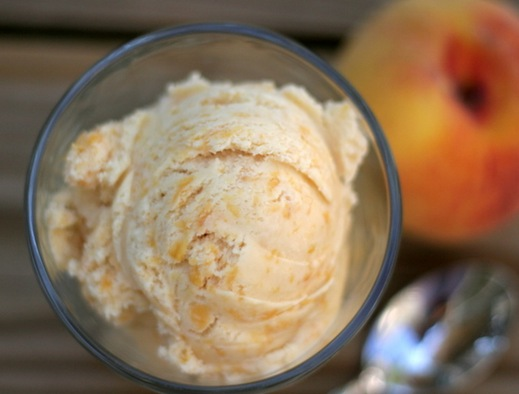 peach brown sugar ice cream 2