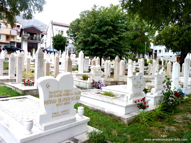 cementerio-en-mostar.JPG