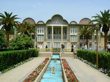 Things to see in Shiraz: Eram palace