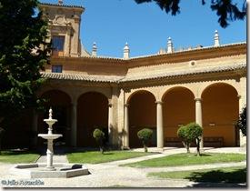 Museo de Huesca - Patio porticado