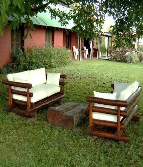 Ideas de muebles rusticos decoracion de interiores for Sillones rusticos de madera