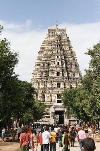 The awesome Virupaksha temple rearing up from the centre of Hampi town.