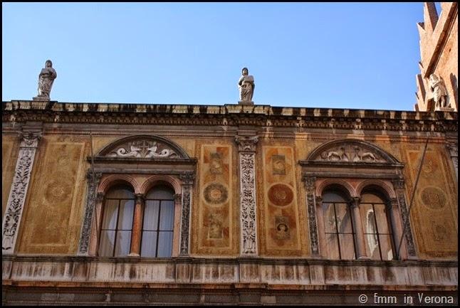 Loggia del Consiglio, Verona