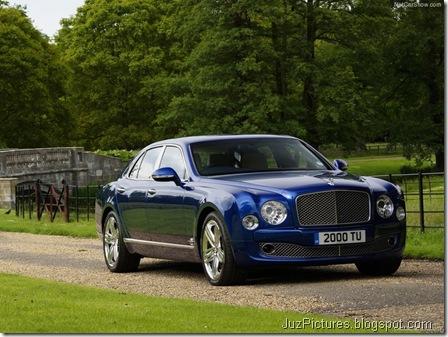Bentley-Mulsanne_2013_800x600_wallpaper_03