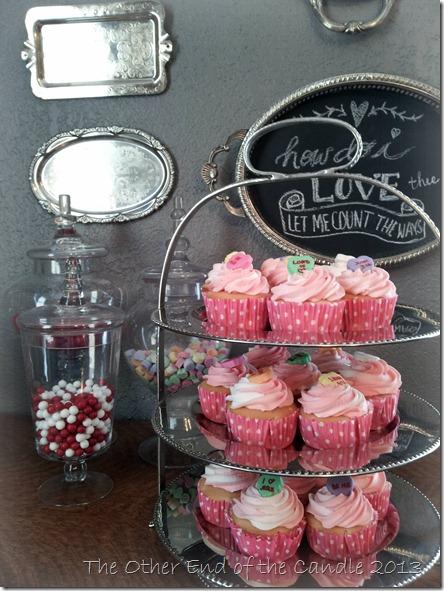 Valentine Cupcakes via TheOtherEndOfTheCandle.com