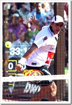 Lima-Mieres contra Diaz-Belasteguin en la final Bwin PPT Ciudad de Alicante.