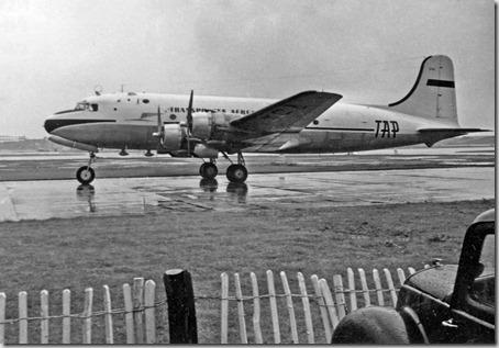 Douglas C54A Skymaster (DC4).3 Tap
