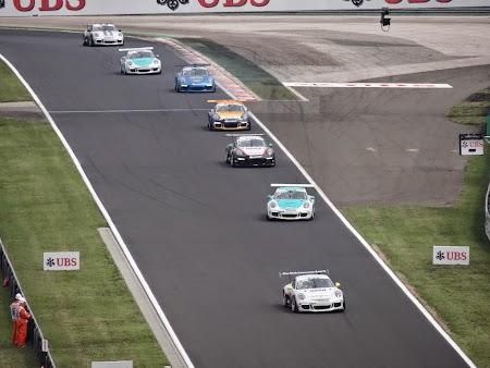 30. Incalzire Porsche Super Cup.JPG