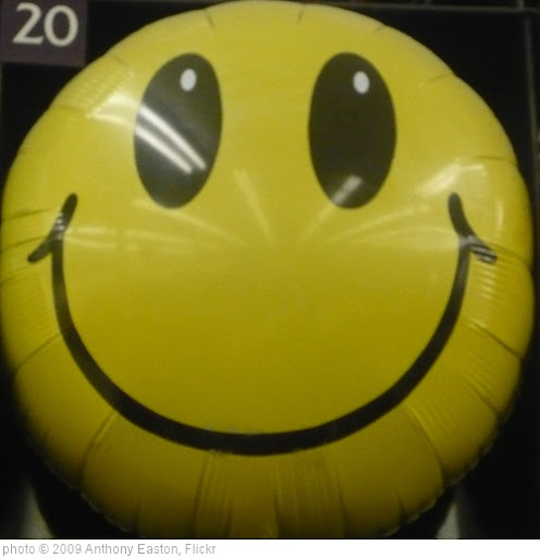'Happy Face ' photo (c) 2009, Anthony Easton - license: http://creativecommons.org/licenses/by/2.0/